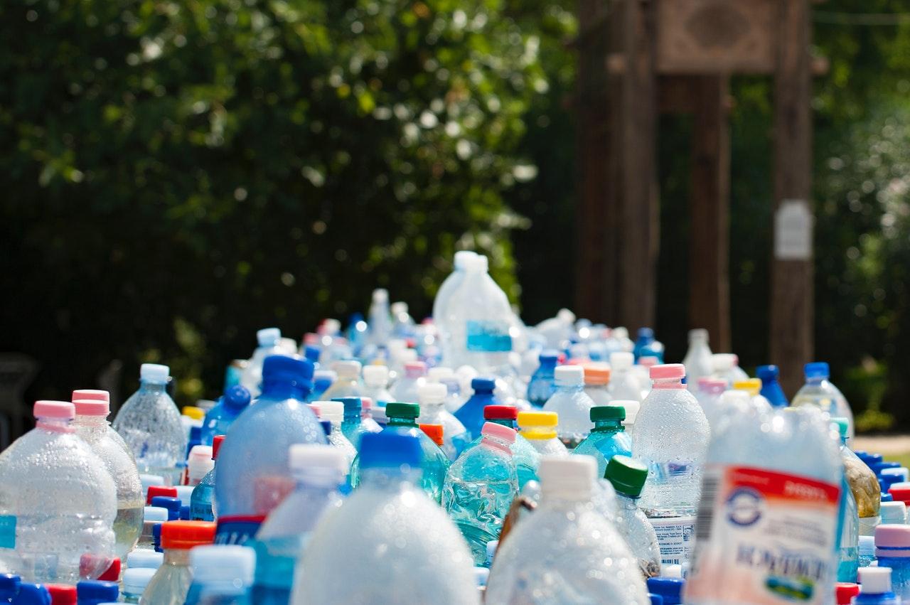 Jsou bioplasty opravdu BIO aneb není plast jako plast